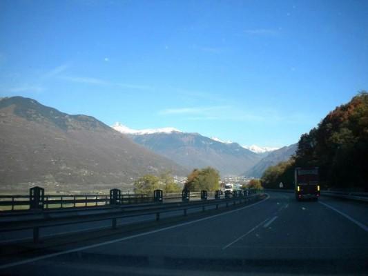 Διασχίζοντας τις Άλπεις με BMW 335is
