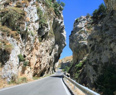 Οδηγώντας στο Φαράγγι Κοτσυφού