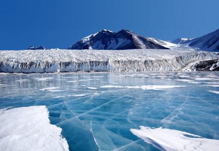 Ένας χρόνος στην επιστημονική βάση Halley VI στην Ανταρκτική